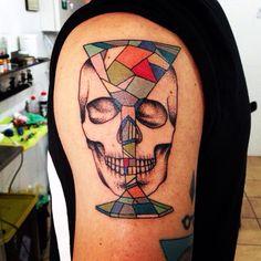 Skull, skull Tattoo, dot work #tattoolifemagazine #tattoolife #italian_traditional_tattoo #tattoocollection #tattoo #neotraditional #tattoo #mamasink #inkerstattoo www.inkerstattoo.it