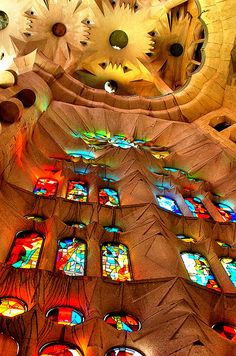 stained glass - La Sagrada Familia Lifechanging visiting this cathedral in Barcelona. Floor to ceiling stained glass made for some beautiful color shining through. Architecture Art Nouveau, Beautiful Architecture, Beautiful Buildings, Art And Architecture, Architecture Details, Modern Buildings, Beautiful World, Beautiful Places, Antonio Gaudi