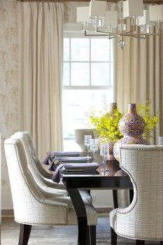 Spring Home Staging Tips to Help You Sell Fast Finishing Touches. Special ideas for home staging that will make your home stand out! Elegant Dining Room, Dining Room Design, Upholstered Dining Chairs, Dining Room Chairs, Dining Rooms, Dining Table, Chair Slipcovers, Dining Sets, Fine Dining