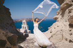 Santorini Greece Pre Wedding Photo Session | by Vangelis Photography
