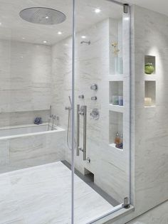 Wet Room Design Ideas – If you are thinking about ways to spruce up your interior, then you should look into wet rooms. What is a wet room, you ask? Simple: it's a new approach to bathroom design in which there is no tub, shower screen, or tray. Tub Shower Combo, Shower Tub, Shower Niche, Shower Stalls, Rain Shower, White Shower, Shower Floor, Bad Inspiration, Bathroom Inspiration