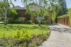 View property details for 4231 Benedict Canyon Drive, Sherman Oaks, CA. 4231 Benedict Canyon Drive is a Single Family property with 3 bedrooms and 1 baths sold for $1,235,000. MLS# SR15085881.