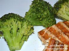 Broccoli – o garnitură rapidă, gustoasă și sănătoasă Meatless Recipes, Broccoli, Vegetables, Food, Eten, Meals