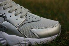 newest ab806 99e4b Nike Air Huarache Run Hombre Zapato Bajo Precio Plata