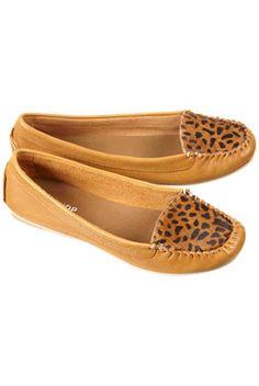 i need leopard print shoes.