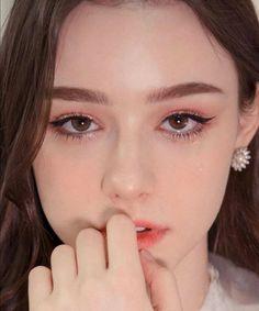 Brazil Women, Wattpad, Beautiful Girl Image, Beautiful People, European Girls, Cute Beauty, Cute Korean, Without Makeup, Girls Makeup