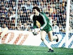 Helmut Duckadam. Saved all 4 Barca pens in 1986 ECF #Steaua