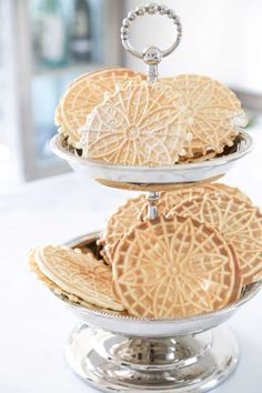Pizzelle Recipe a Traditional Italian Cookie for your Holiday Dessert Table Italian Cookies, Italian Desserts, Italian Recipes, Wedding Desserts, Holiday Desserts, Wedding Cookies, Holiday Foods, Gourmet Recipes, Cookie Recipes