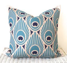 Retro cushion cover in blue