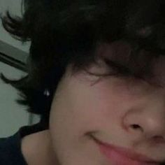 meu irmão jungkook - acidente - Wattpad Cute Emo Boys, Cute Teenage Boys, Cut My Hair, Hair Cuts, Beautiful Boys, Pretty Boys, Androgynous Hair, Grunge Guys, Fluffy Hair