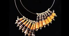 Jak zrobić papierowa piękną biżuterię DIY i tutoriale Make Paper Beads, Paper Bead Jewelry, Paper Earrings, How To Make Beads, Jewelry Crafts, Beaded Jewelry, Recycled Jewelry, Fabric Beads, Artisanal