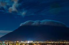 Cerro de la Silla by Hugo Sergio Rodríguez on 500px