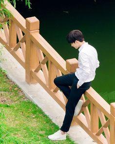 Yang Yang and Zheng Shuang Just A Smile Is Very Alluring Yang Chinese, Chinese Boy, Asian Actors, Korean Actors, Korean Dramas, Yang Yang Zheng Shuang, Li Hong Yi, Yang Yang Actor, Park Bo Gum