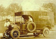 Kaufmann's Department store delivery truck, Pittsburgh