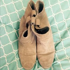 American Eagle Suede Slouchy Booties Only small scuffs on the front but in great condition. I've had them for a while and they are too big for my feet so I rarely wore them! Heel and front are in great condition. They are super comfy! American Eagle Outfitters Shoes Ankle Boots & Booties