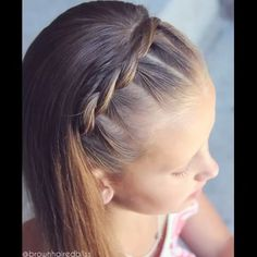 •• VIDEO •• Pull Through Braided Headband •• Perfect summer style to keep those front hairs back :). - brownhairedbliss