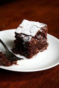 flourless chocolate-almond torte