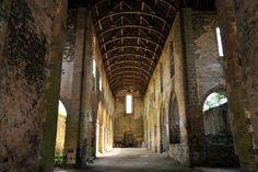 Nef de l'église abbatiale de Clairmont - Mayenne