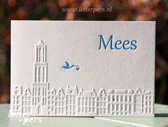 Letterpers_Letterpress_geboortekaartje_birthannouncement_Mees_Utrecht_ooievaar_Dom_huisjes_skyline_relief.jpg 500×381 pixels