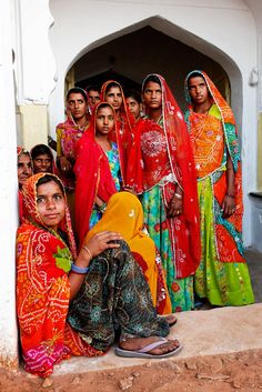 Indian Ladies wearing Sarees .. Amazing indian culture of india .. Got Intrested plan your travel on www.bestofjourney.us