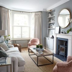 This beautiful Victorian house in London was given a second chance Living room July 17 Hewitson Victorian house Bay Window Living Room, Living Room White, Beautiful Living Rooms, Home Living Room, Living Room Designs, Victorian House Interiors, Victorian Living Room, Victorian Terrace, Victorian Homes