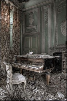 Elegant but dilapidated. Could be used during either interactions with the Beast (beautiful) or during Belle's dreams (abandoned)