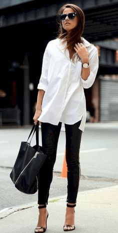 New travel outfit business white shirts Ideas - Travel Outfits White Shirt Outfits, Legging Outfits, White Shirts, Cool Outfits, Popular Outfits, White Leggings Outfit, White Blouse Outfit, White Blouses, Travel Outfits