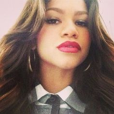 Dis411 Zendaya Getting Her Hair Done June 8, 2013