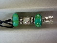 PANDORA Lariat Necklace with Green Murano.