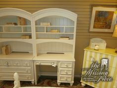 Give your kids a head start for the next school year. This desk and hutch will help them stay organized and ready in a flash.  Measures 40*18*76 done in cream and matching pieces at time of posting.