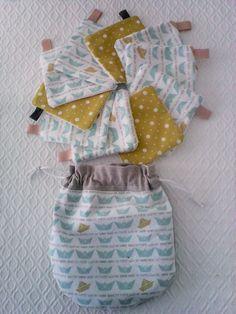 Lingettes lavables (par 10 ) n° 7 et pochette de rangement ,en coton et éponge ,débarbouillettes , coton turquoise et éponge,pour la toilette de bébé : Puériculture par kate27