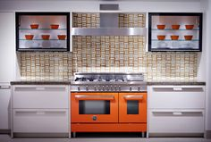 Color inspirations in the #kitchen #design #Bertazzoni http://www.cucinamadein.it/food-style/colori-in-cucina/?lang=en