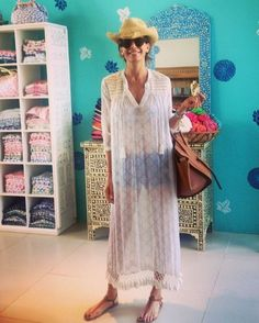 Surprise store visit from the First Lady of Argentina - @juliana.awada❗️Looking absolutely fab in our Long Serafina Link in bio #RRRpuntadeleste