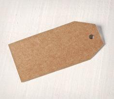 Decora i tuoi regali con queste graziose etichette colorate in cartone, che potrai dipingere e personalizzare. Un'etichetta unica per ogni dono!