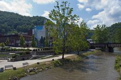 This town used to be all about coal mining, but today it's rich in history thanks to the Kimball War Memorial. We recommend grabbing a bite and sitting next to the Elkhorn Creek that flows through the town and into the Tug Fort.