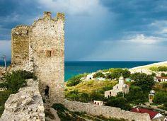 Крым, Феодосия. Генуэзская крепость.