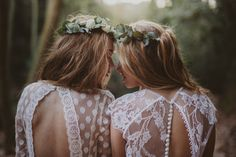 Novias con alma bohemia 💗 I M M A C L É B A R C E L O N A  Reserva tu cita en 672691985  #LOVE · #BODAS #BRIDES