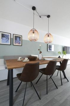 You must see this marvelous dining room with luxury furniture to help you improve your house decor! Some ideas about dining tables and chairs and more interior design ideas! Dining Room Inspiration, Home Decor Inspiration, Interior Styling, Interior Decorating, Interior Design, Home Living Room, Living Spaces, Japanese Home Decor, Dining Room Design