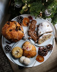 Baked goods from Terra Breads Vancouver Vancouver Food, Cute Christmas Cookies, Baked Goods, Breads, Baking, Breakfast, Desserts, Instagram, Bread Rolls