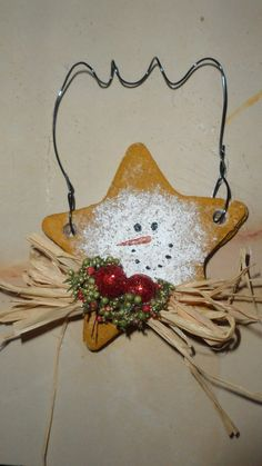 www.facebook.com/TommypieCreations Country Christmas Ornaments, Salt Dough Christmas Ornaments, Christmas Wood, Primitive Christmas, Christmas Items, Christmas Tree Ornaments, Christmas Decorations, Yule Crafts, Diy Crafts For Gifts