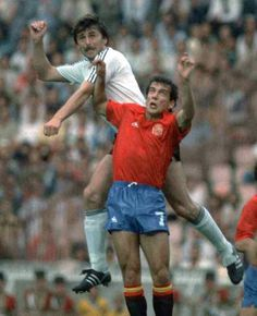 West Germany 2 Spain 0 in 1988 in Munich. Klaus Allofs outjumps Julio Salinas in Group A at Euro '88.