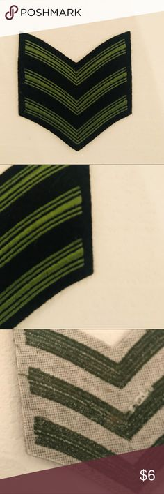 """Vintage Military Sergeant's Patch, Black & Green For the collector or just cuz it would look cool on your jacket!   Pristine condition! Olive green and Black Military ranking patch, 3 stripes which stand for Sergeant, I believe. I used to collect these but am paring down My collection now.  My loss, your gain!  Measures approximately 3""""x4"""" Vintage Accessories"""