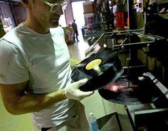 Pressing records