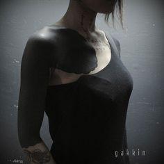 Les tatouages-noirs-de-Gakkin- (6)