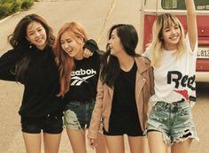 Your source of news on YG's current biggest girl group, BLACKPINK! South Korean Girls, Korean Girl Groups, Hestia Anime, Divas, Jenny Kim, Blank Pink, Blackpink Poster, Blackpink Funny, Chica Cool