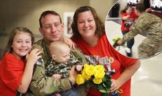 Canadian soldier comes home to his family after 9 months at Afghanistan. Limin and Sam Pictures Of Soldiers, Canadian Soldiers, Imagine John Lennon, Army National Guard, Pregnant Wife, Hockey Games, Nine Months, Afghanistan, The One