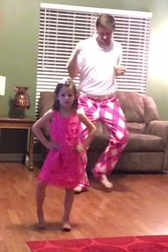 Kids Discover This Daddy-Daughter Dance in Which Theyre Completely Deadpan Is Going to Make Your Day Dad and Daughter Dance to Justin Timberlake Cute Funny Babies, Funny Kids, Cute Kids, Quando Eu For Pai, Dad And Daughter Dance, Father Daughter, Dad Dancing, Kids Talent, Cool Dance Moves