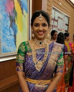 South Indian bride in large guttapusalu long chain and diamond choker Wedding Saree Blouse Designs, Saree Wedding, Bridal Sarees, Wedding Bride, Wedding Dresses, South Indian Bride, Indian Bridal, Saree Jewellery, Bridal Jewellery