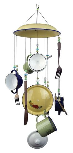 Upcycled Crafts DIY Wind Chimes - Sunset Vista Designs Pots and Pans Wind Chime. Carpenter Bee Trap, Wind Chimes Craft, Silverware Art, Diy Cadeau, Upcycled Crafts, Shops, Stained Glass Art, Household Items, Outdoor Decor