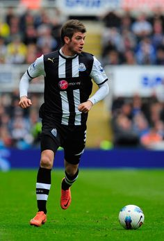 Davide Santon playing for the MagPIES Newcastle United FC   ~ HAPPY PI DAY! ~